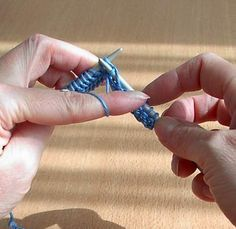 Nafra: De allerbeste uitleg en tips voor rond breien die ik tot nu toe ben tegengekomen.