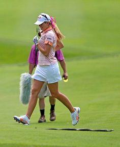 Paula Creamer doesn't care much for snakes on the fairway during the 2009 LPGA Championship Kansas State Wildcats, Kansas Jayhawks, Natalie Gulbis, Paula Creamer, Golf Attire, Lpga, Hole In One, Golf Courses, Lawrence Kansas
