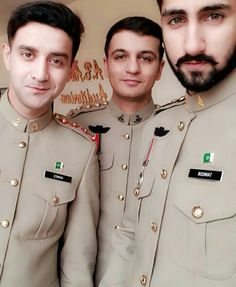 Love You Cute, Cute Love Quotes, Army Men, Military, Pak Army Soldiers, Army Pics, Pakistan Armed Forces, The Few The Proud, Bff Quotes Funny
