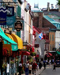 Wonderful Quebec City http://www.travelandtransitions.com/destinations/destination-advice/north-america/