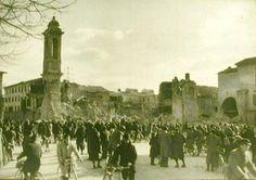La chiesa di San Bartolomeo in Piazza Mercatale a Prato fu costruita intorno al 1316 come chiesa del Carmine. Il 16 febbraio 1944 venne spazzata via da un tremendo bombardamento. La chiesa di San Bartolomeo fu ricostruita ex novo nel 1958 su progetto dell'architetto Ivo Lambertini. All'interno sono stati ricollocati alcuni dipinti e sculture recuperati dalla precedente struttura.
