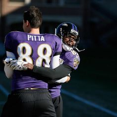 Dennis Pitta gets a warm welcome back from Torrey Smith. John Harbaugh, Football Gif, Baltimore Ravens, Where The Heart Is, American Football, Pitta, Maryland, Super Bowl, Nfl