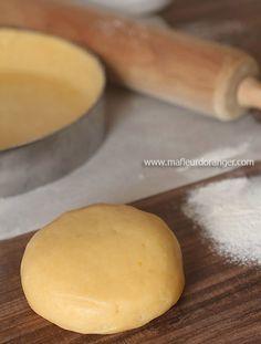 Une des recettes de base pour réaliser toutes les tartes sucrées pour vos déssert, on peut l'aromatiser selon le goût, la préparer à l'avance et la surgeler pour une éventuelle utilisation .. Je laisse la pâte 3 heure au frais ou toute une nuit si possible,...