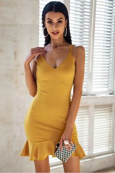 Perfect Evening Bodycon Dress #datenight #yellow #dress #onlineshopping TheChicFind.com