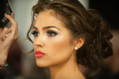Olivia Culpo's (2012 Miss Universe from the USA) hair and make-up