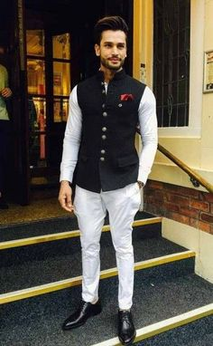 We take a look at the various style lessons from Rohit Khandelwal Mens Wedding Wear Indian, Indian Wedding Clothes For Men, Wedding Kurta For Men, Mens Indian Wear, Mens Ethnic Wear, Indian Groom Wear, Wedding Dress Men, Indian Men Fashion, Indian Wedding Outfits