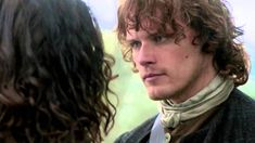 OUTLANDER 1 - Jamie rises from darkness The first full season of great emotions, in a little over six minutes.