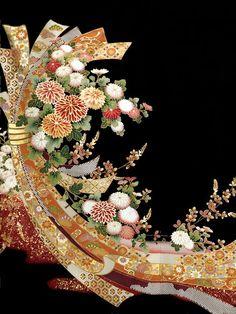 http://thekimonogallery.tumblr.com/image/121054528350                                                                                                                                                                                 More