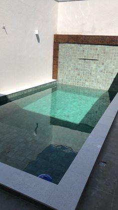 Mini Pool, Jacuzzi Outdoor, Swimming Pools, Backyard, House Design, Outdoor Decor, Wall, Home Decor, Small Pool Design