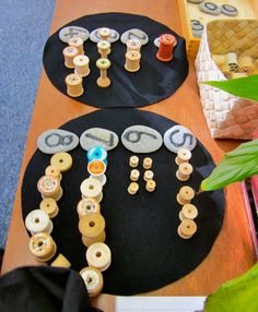 Mairtown Kindergarten: Providing mathematically rich experiences through play ≈≈ Maths Eyfs, Literacy And Numeracy, Preschool Math, Math Classroom, Kindergarten Activities, Teaching Math, Math Centers, Math Numbers, Learning Numbers