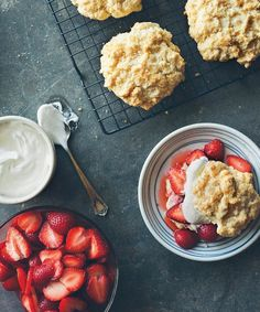 Can strawberry season come sooner please? 🍓 We want Strawberry Shortcakes. Recipe link in profile. #mywilliamssonoma #inseasonnow