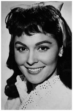 Francisca Rico, nace en Sevilla, en el popular Barrio de Triana, el 13 de octubre de 1929, actriz y cantante.