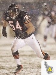 Brian Urlacher, playing in the snow.  Now THAT'S Bears football!