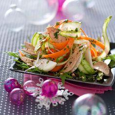 Découvrez la recette de la salade au foie gras poires et noisettes