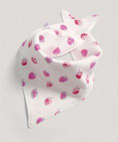 http://www.mamasandpapas.com/product-girls-pink-bandana-bib/s0012452/type-s/