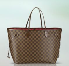 Celebrities who wear, use, or own Louis Vuitton Neverfull Damier Gm. Also discover the movies, TV shows, and events associated with Louis Vuitton Neverfull Damier Gm. Louis Vuitton Neverfull Mm, Neverfull Gm, Lv Handbags, Handbags On Sale, Louis Vuitton Handbags, Designer Handbags, Designer Bags, Cheap Designer, Vuitton Bag