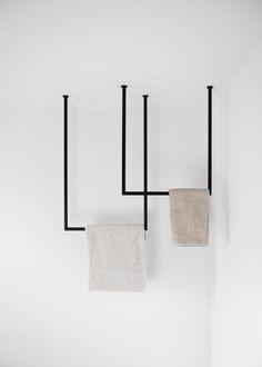 Bathroom Inspiration, Interior Inspiration, Towel Rail, Bathroom Interior Design, Small Bathroom, Bathrooms, Beige Tile Bathroom, Home Deco, Home And Living