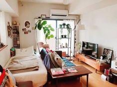 Small Room Interior, Small Apartment Interior, Studio Apartment Decorating, Studio Apartment Layout, Japanese Interior Design, Japanese Home Decor, Japanese Bedroom Decor, Japanese Apartment, Minimalist Room