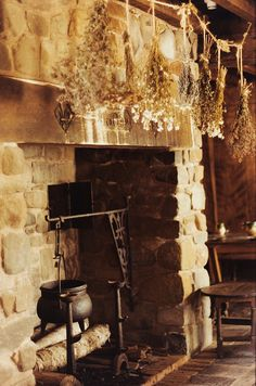 Perfect fireplace for cauldron brewing ans herb drying #witches #kitchen