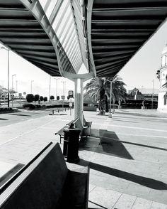 Fragmentos de la urbe 33. #design #graphicdesign #diseñografico #diseño #streetphotography #fotografiadelacalle #picoftheday #fotodeldia #matostudiodesign @matostudio #blackandwhitephotography #blancoynegro #photoshoot https://www.facebook.com/MatostudioDesign/