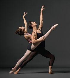 I love Ballet ♡、。・:*:・゜`♥*。・:*:・゜`♡、。・:*:・゜`♥*。・:*:・゜