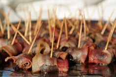 BACONBA TEKERT ASZALT SZILVA Sausage, Bacon, Beef, Breakfast, A4, Food, Meat, Morning Coffee, Sausages
