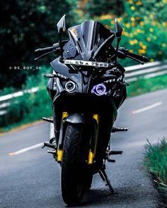 Background Images For Editing, Photo Background Images, Royal Enfield Hd Wallpapers, Neon Light Wallpaper, Ktm Rc, Blur Background Photography, Bike Photoshoot, Bike Pic, Motorcycle Wallpaper