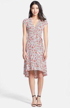 Pin for Later: 24 robes parfaites pour un mariage sur la plage !  Anne Klein Wrap Dress ($59, originally $99)