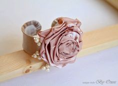 Satin and lace bridal bouquet - bracelet