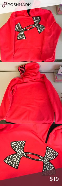 Pink Under Armour sweatshirt Neon/bright pink Under Armour sweatshirt. No holes but it has small black spots shown in picture 5 Under Armour Sweaters