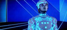 Tron (1982) - Google-Suche Futurism, Fictional Characters, Google, Searching, Futurism Architecture, Fantasy Characters, Futuristic Architecture