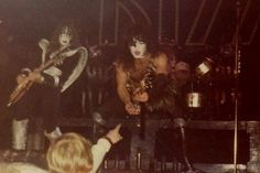 Kiss Images, Kiss Pictures, Vinnie Vincent, Eric Carr, Kiss Photo, Paul Stanley, Kiss Band, Hot Band, Ace Frehley