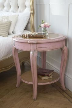adorable, paint an old brown garge sale end table pink and use it for a night stand <3 Shabby Chic Cottage Pink Roses #shabbychicfurnitureforsale