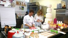 Demo Alta Group in Albania: focus on sugar art. #sugart #cakedesign #cakeart #weddingcakes