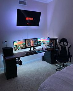 Can you really get much better than a netflix/gaming setup that looks this clean? Can you really get much better than a netflix/gaming setup that looks this clean? Computer Gaming Room, Gaming Room Setup, Gaming Rooms, Gaming Laptop Desk Setup, Gamer Setup, Gaming Pcs, Computer Technology, Technology News, Gamer Bedroom