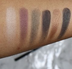 Swatches of the Maybelline 24karat Nudes Palette. adiaadores.com