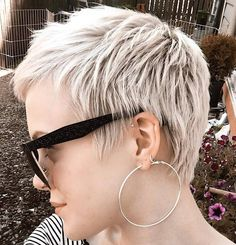 Really adore this short girl hair stylestyle Really Short Hair, Short Sassy Hair, Super Short Hair, Girl Short Hair, Short Hair Cuts, Short Hair Styles, Girl Hair, Short Girls, Short Blonde Haircuts