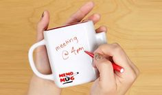 Now you can note down ideas, important messages or simply have a doodle while you drink your coffee from this awesome memo mug! Features a dry wipe surface to write on and includes a pen. A great gift idea! Cool Gifts, Unique Gifts, Quirky Kitchen, Coffee Accessories, Your Message, Message Board, Cool Inventions, Pen Holders, Sticky Notes