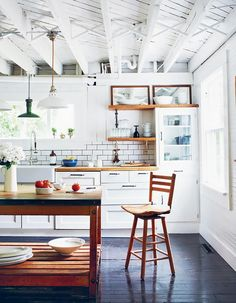 The Dos and Don'ts of Decorating a White Interior via @MyDomaine