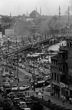 eski istanbul - old Istanbul - still lots of traffic!
