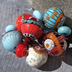 MruMru handmade lampwork bead set. by mrumruglass, via Flickr