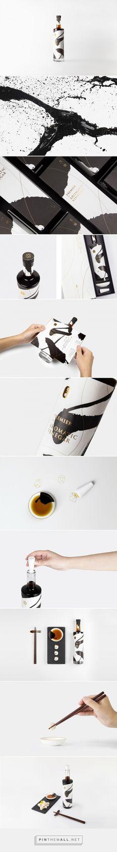 WEN VINEGAR Packaging by Sun Li | Logo Designer Bradenton, Web Design Sarasota, Tampa Fivestar Branding Agency #vinegar #food #foodpackaging #packaging #packagingdesign #packaginginspiration #package #packagedesign #design