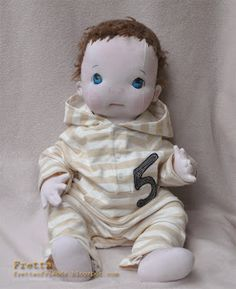 Fretta: Soft Sculpted Dolls. I want to make a doll like this but perfect newborn size, about 21 inches and around 8-10 lbs. Would be a great reason to keep some of my babies newborn clothes for her to play with!