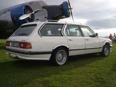 E23 BMW 7 Touring   ^ https://de.pinterest.com/1paparacio/wagon-shooting-brake/