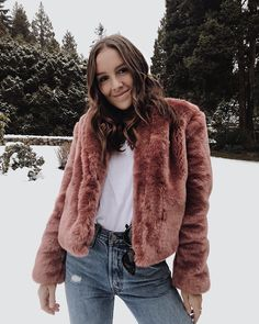 While the rest of us are freezing cold in the ethically made Crewneck Side Slit Tee. Oeko Tex 100, White T, How To Dye Fabric, Vintage Tees, Black Stripes, Capsule Wardrobe, Cool Things To Buy, Fur Coat, Crew Neck