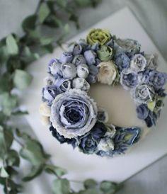 "388 Likes, 29 Comments - 지니케이크 korea flower cake (@seoul_jinycake) on Instagram: ""rice flower cake class  제가좋아하는칼라로^^♡♡…"""