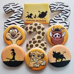 Gorgeous Lion King Cake Featuring Mufasa & Simba made by Ana Brum Biscuit Designer Jungle Theme Birthday, Lion King Birthday, Baby Boy 1st Birthday Party, 2nd Birthday Parties, Birthday Ideas, Lion King Theme, Lion King Party, Theme Bapteme, Theme Mickey
