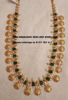 Get the latest designs of Ram parivar haarams. minimum wt maximum rich looks.Presenting here is a design of 82 gm Net Gold wt Visit for full variety contact no 8125 782 411 18 June 2018 Gold Haram Designs, Gold Earrings Designs, Gold Jewellery Design, Handmade Jewellery, Earrings Handmade, Real Gold Jewelry, Gold Jewelry Simple, Emerald Jewelry, Gold Set Design