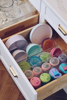 Kitchen Organization: How to Organize Your Kitchen Drawers - The Pink Dream - How to Declutter Your Kitchen – Kitchen Drawer Organization, Kitchen drawer organization, Kitchen - Baby Bottle Organization, Baby Bottle Storage, Kitchen Cabinet Organization, Kitchen Storage, Home Organization, Cabinet Ideas, Cabinet Organizers, Kitchen Cabinet Drawers, Cabinet Storage
