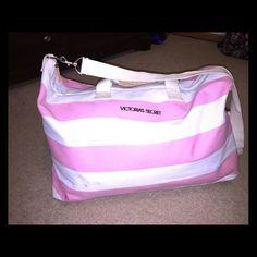 Victoria Secret weekender bag HUGE cross body OR shoulder bag! great quality handles and cute pattern. Pockets located inside! Victoria's Secret Bags Totes
